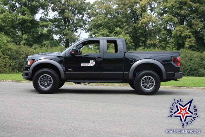 2011 ford svt raptor black 1